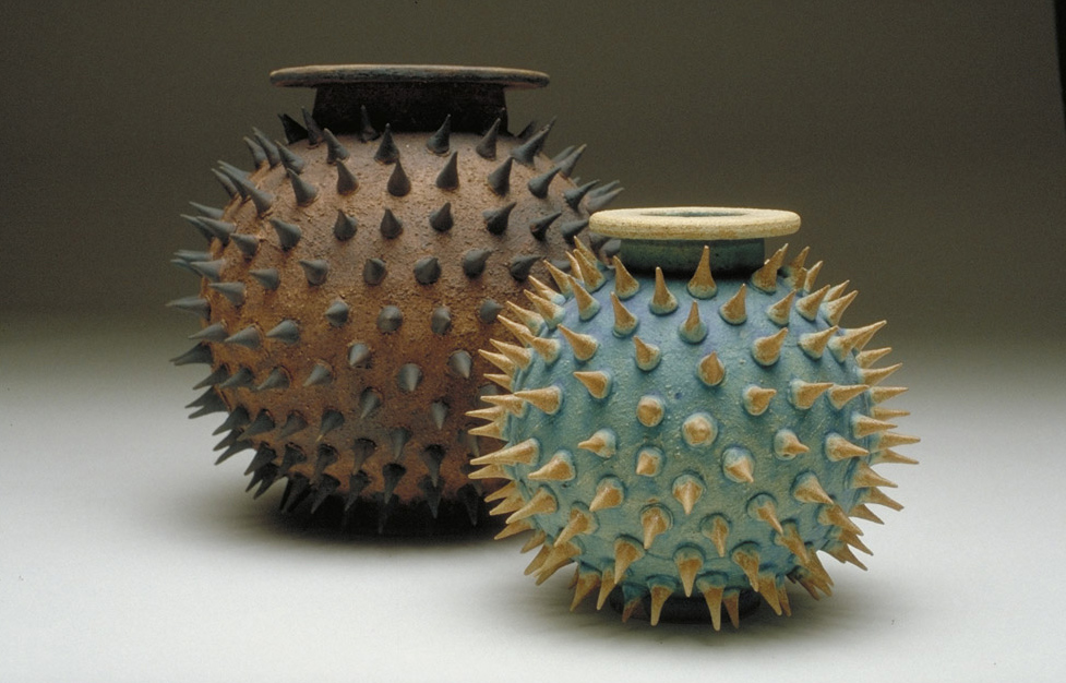 05a-spikey-pot-colour_0.jpg